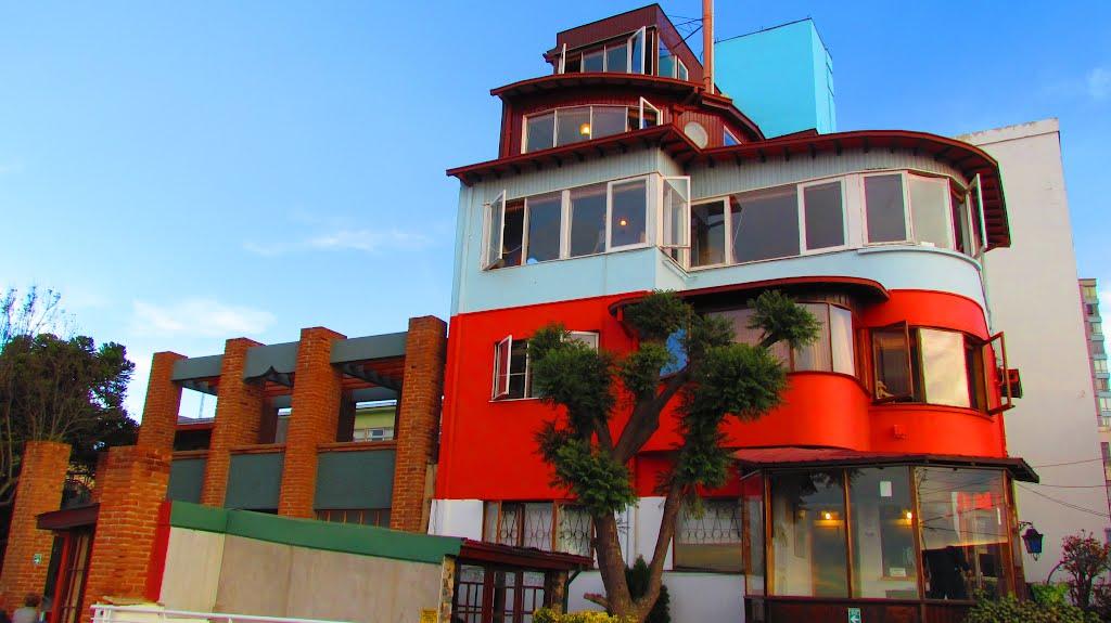 O Que Fazer Em Valparaíso: Conhecer a La Sebastiana: Casa de Pablo Neruda em Valparaíso