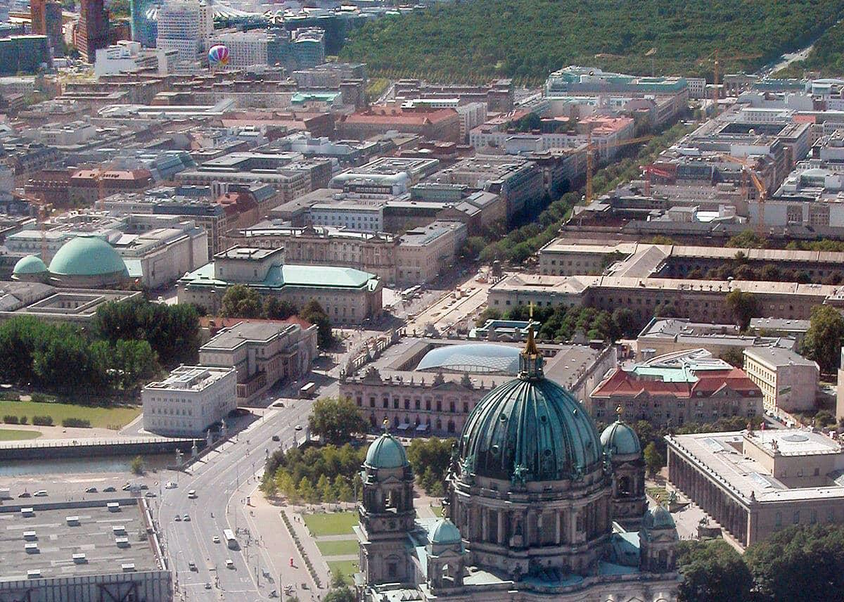 O que fazer em Berlim: Avenida Unter den Linden
