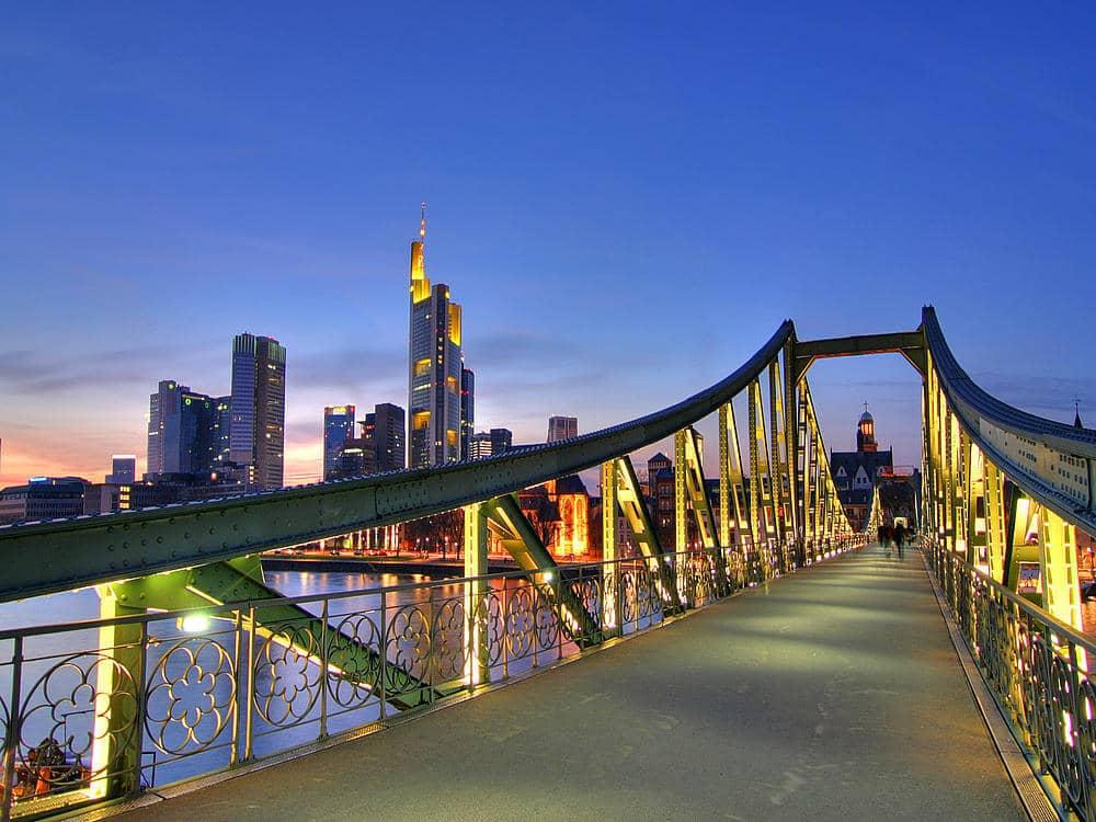 O que fazer em Frankfurt: Ponte Eiserner Steg