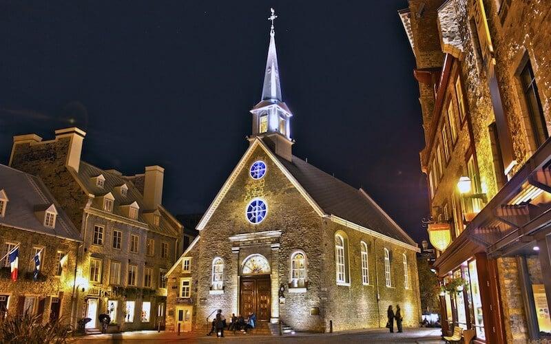 O Que Fazer em Québec no Canadá: Basílica Notre-Dame-des-Victoires