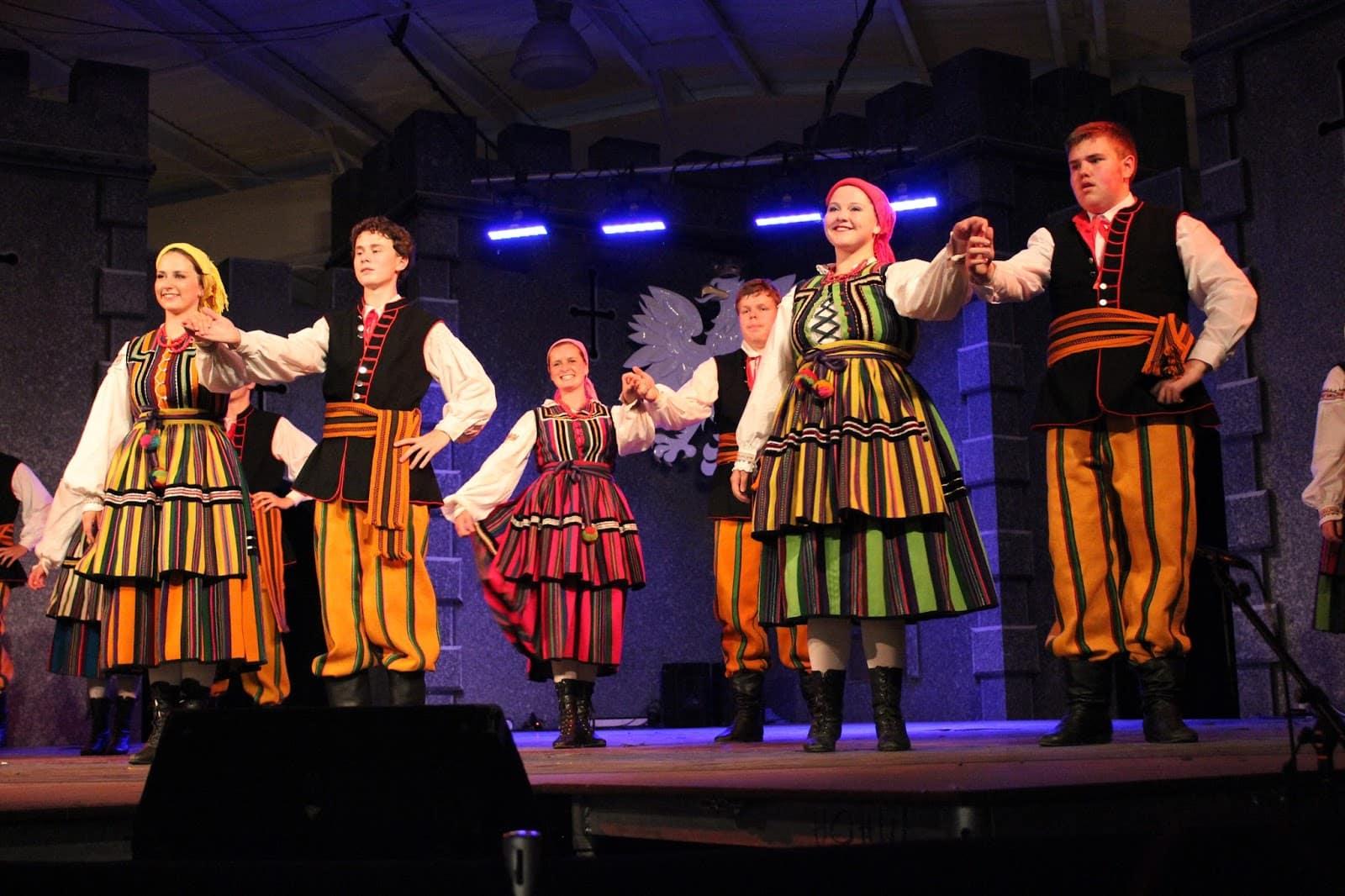 O Que Fazer em Winnipeg no Canadá: Conheça o Folklorama