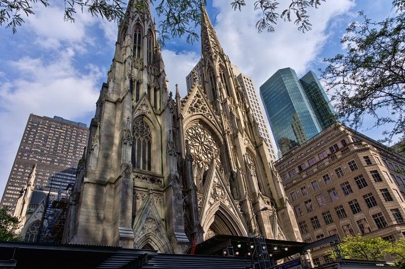 O que fazer em Nova York: St. Patrick's Cathedral e Quinta Avenida