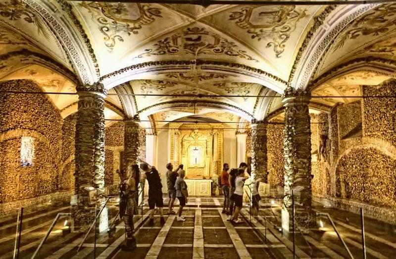 O que fazer em Évora: Capela dos Ossos