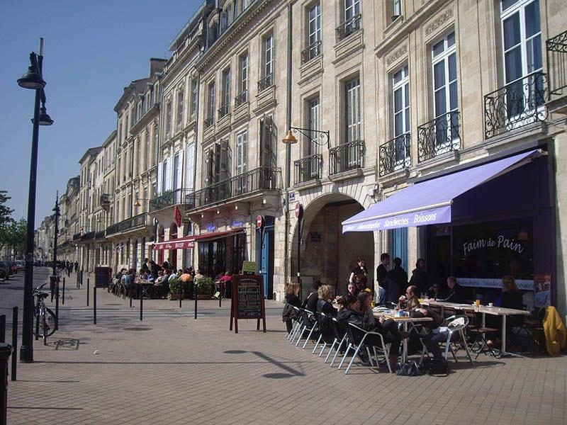 O que fazer em Bordeaux: Quais des Chartrons