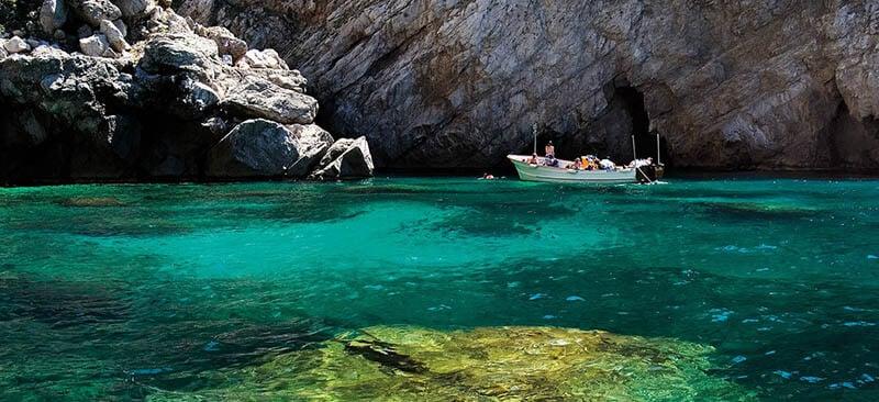 O que fazer em Capri: Barco