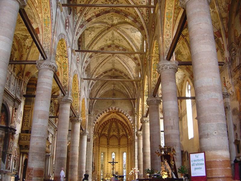 O que fazer em Verona: Igreja Santa Anastacia