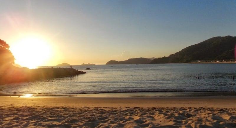 O Que Fazer na Praia da Baleia: Praias vizinhas