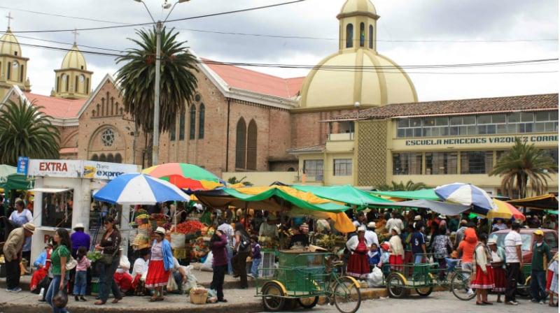 O Que Fazer em Cuenca: mercado de rua de Gualaceo