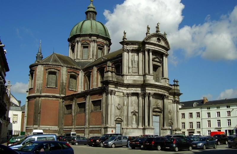 O Que Fazer em Namur: Igreja Notre Dame