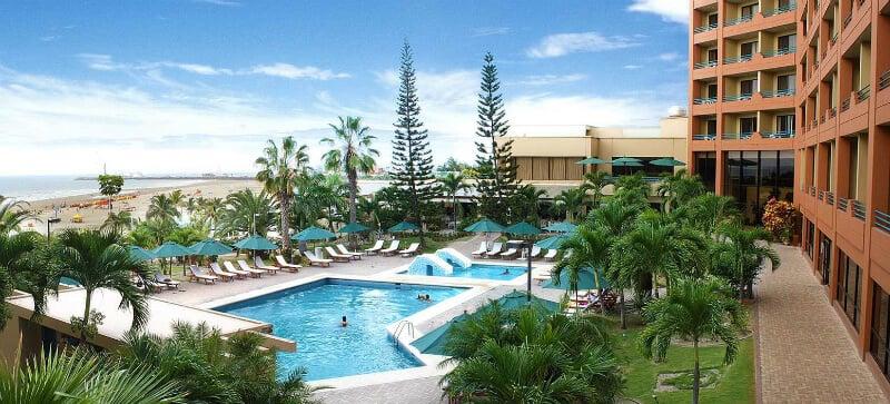 Hotéis em Manta